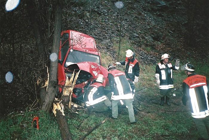 Unfall auf Autobahn 2000