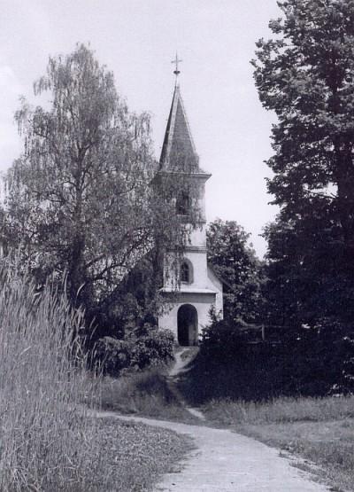 Westlicher Eingang der Georgskirche Krumpendorf (Foto: Egger)