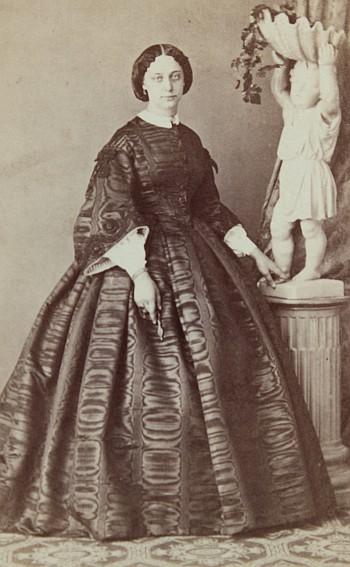 Josefine Oblasser