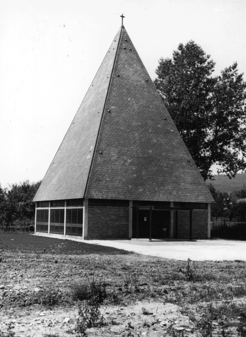 Martin-Luther-Kirche nach Fertigstellung 1969