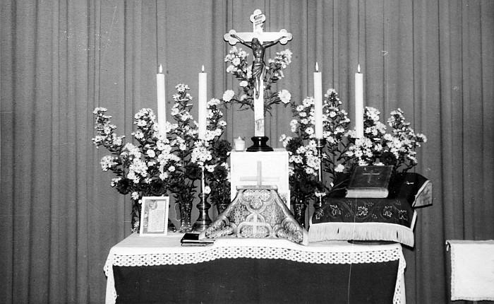 Altar im Kinosaal Krumpendorf 1959