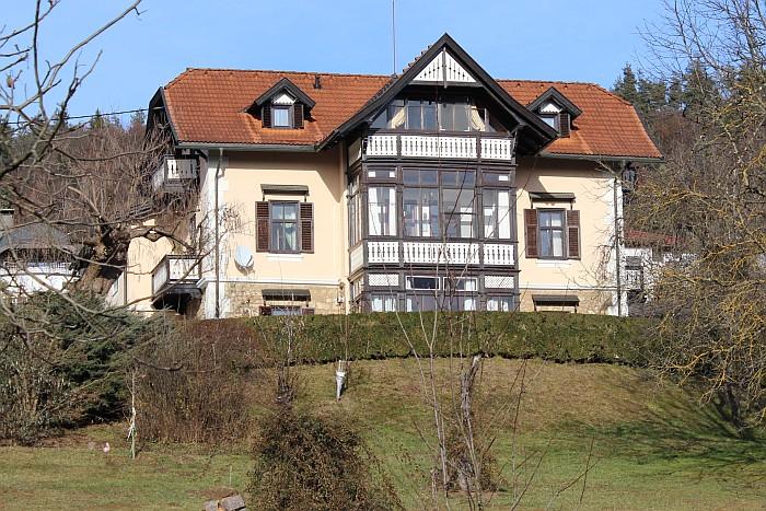 Villa Müller am Komauerweg, wo sich 1946-52 Pfarrwohnung und Pfarrkanzlei befanden.