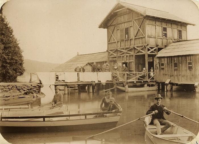 Badeanstalt / Schwimmschule Krumpendorf 1888 (Foto: Schindler-Kunewald)