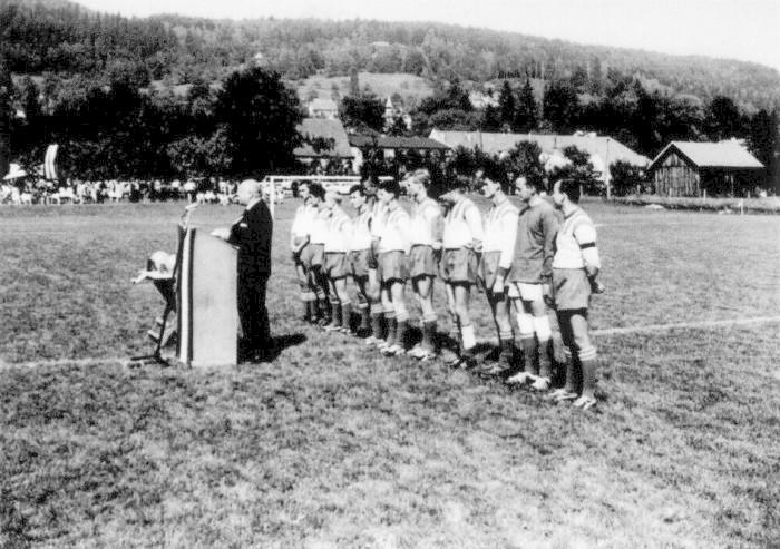 Feier zur Eröffnung des Sportplatzes Krumpendorf am 1.9.1963