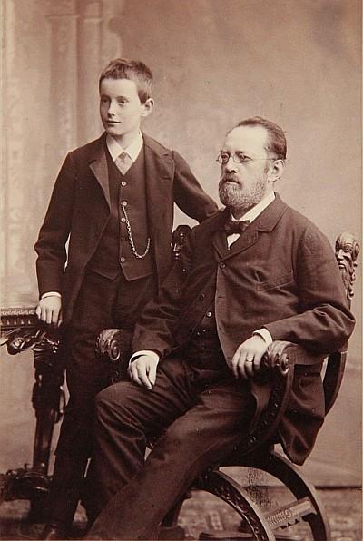 Emil Streicher mit seinem erstgeborenen Enkel, Wilhelm Wolfgang
