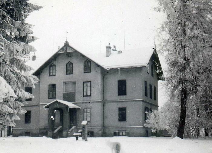 Villa Streicher im Winter in den 1940er Jahren