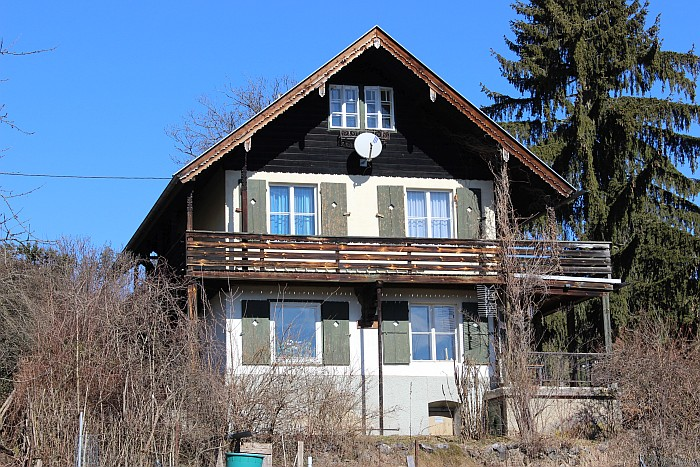 Einfamilienhaus Tschebull