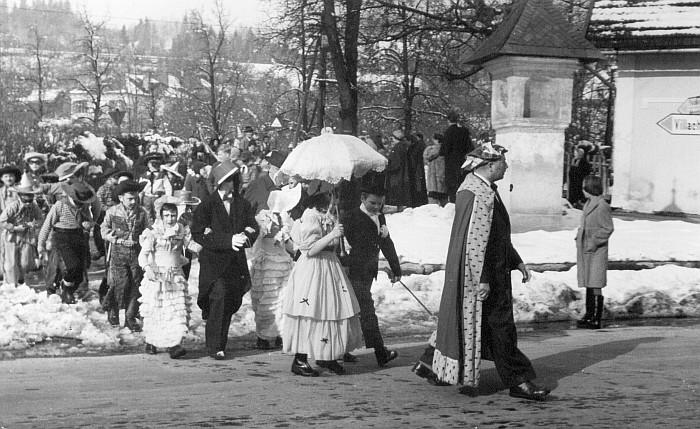 Kinderfaschingsumzug 1955